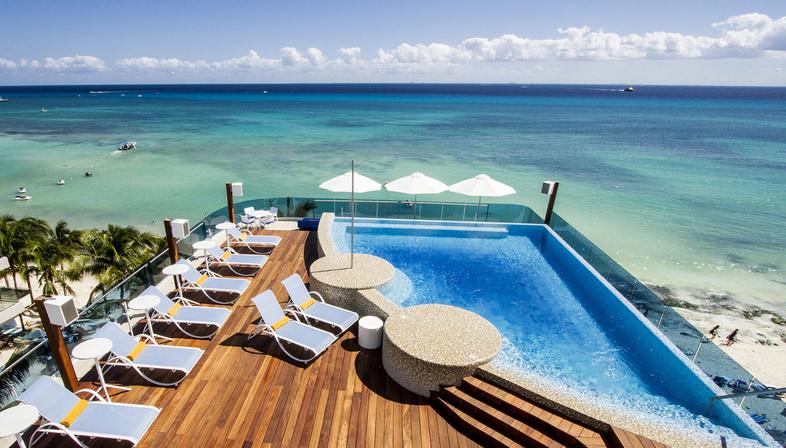 The Carmen Hotel di sanzpont, un progetto ispirato ai coralli del Mare Caraibico